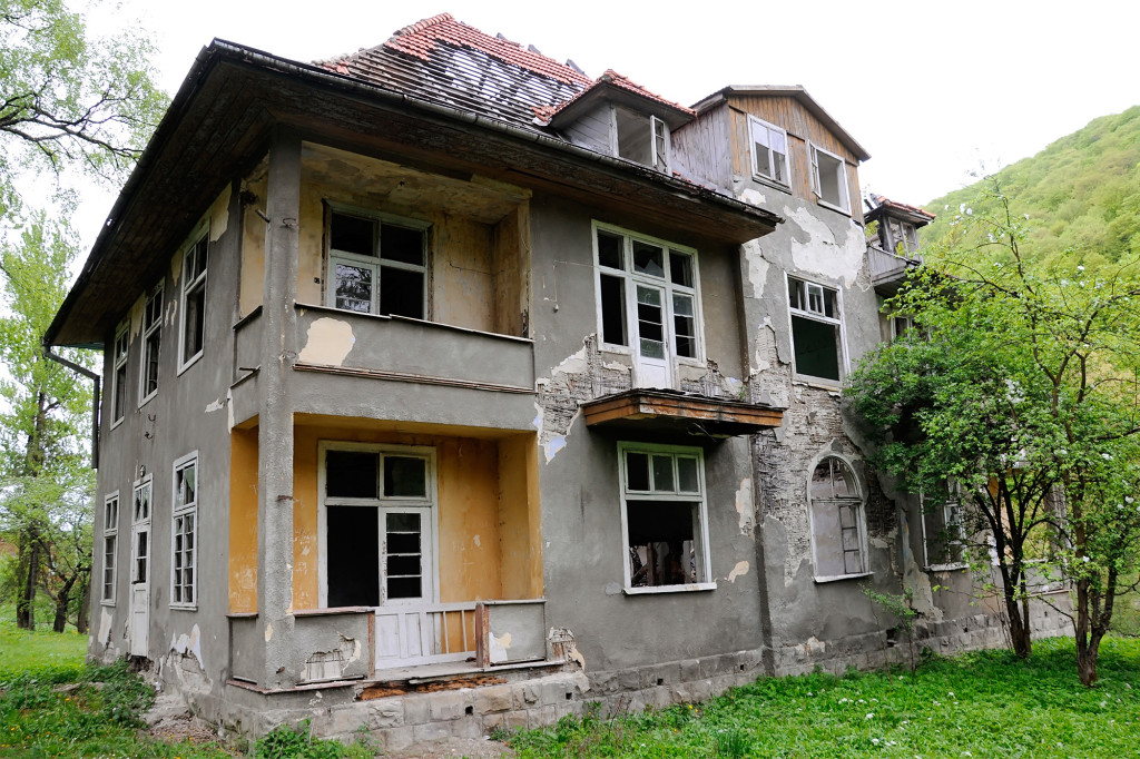 Buying A Fixer-Upper – Are You Ready For The Work?
